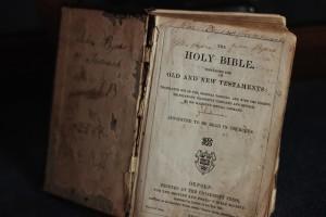 bible-504785_640