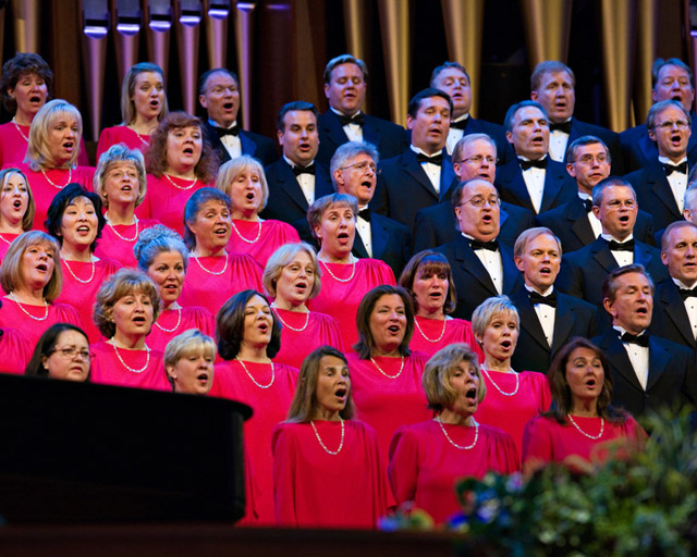 A photo of the Mormon Tabernacle Choir singing in General Conference.