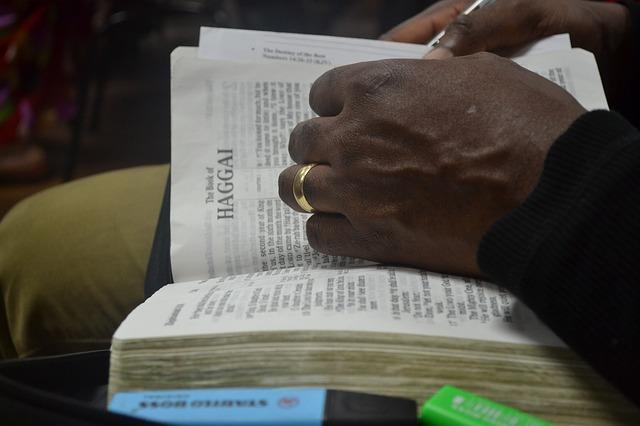 open-Bible 343297_640