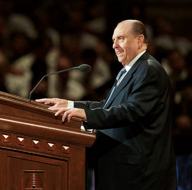 A photo of the Mormon Prophet, Thomas Monson, at the pulpit.